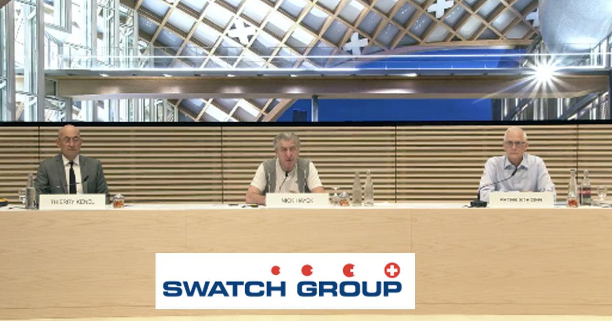 Nick Hayek (Mitte) hat die Halbjahresbilanz der Swatch Group verkündet.