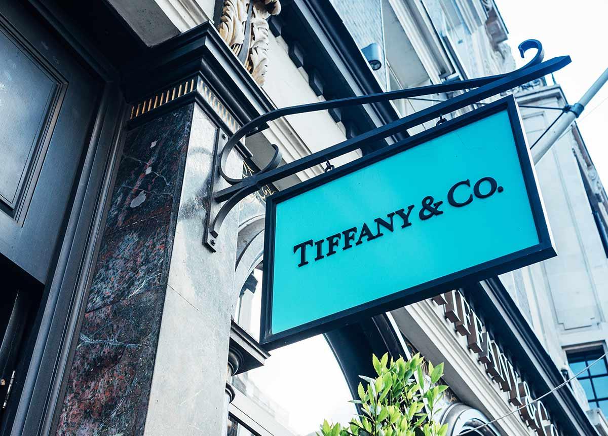 """Tiffany erholt sich und widerspricht damit LVMH, die Aussichten des Juweliers seien """"düster"""". Foto: Claudio Stocco/Shutterstock.com"""