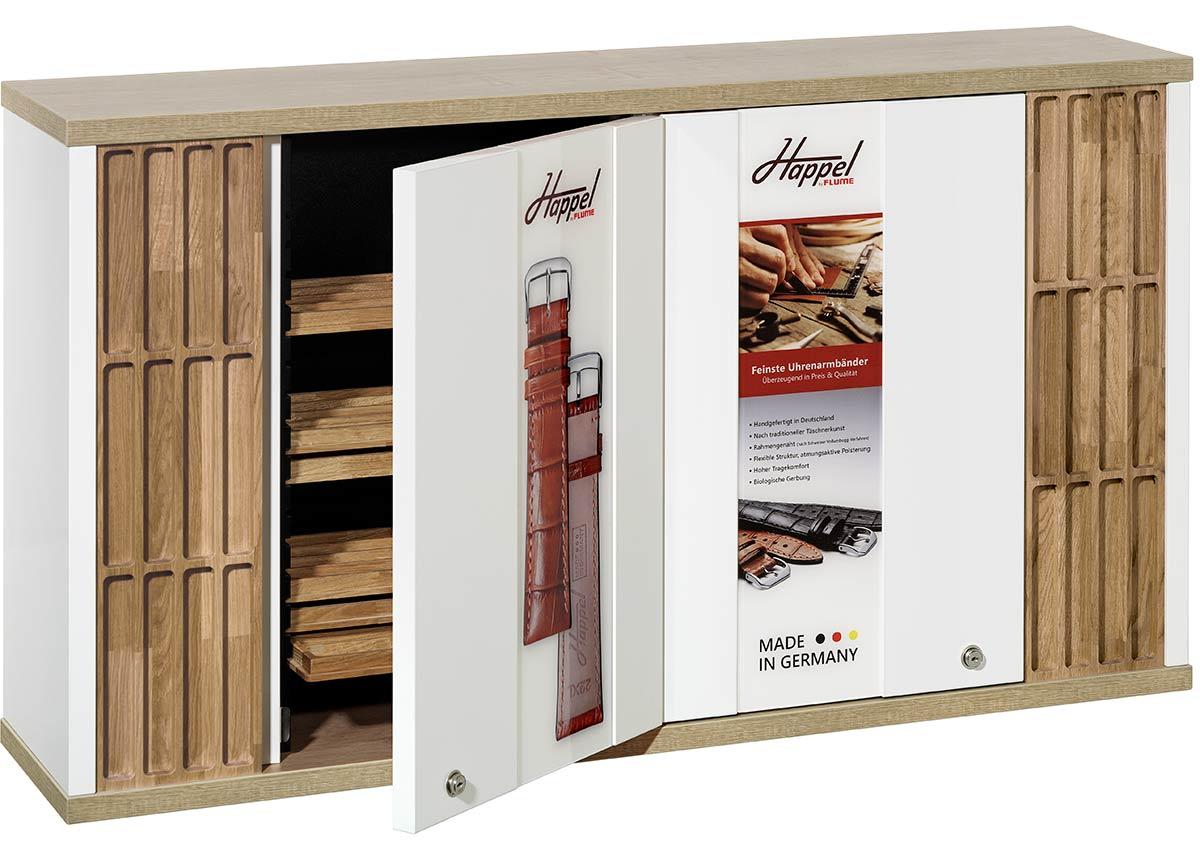Der Wandschrank besteht aus zwei Boxen, die je 16 Schubladen fassen und Platz für bis zu 256 Uhrarmbänder bieten.