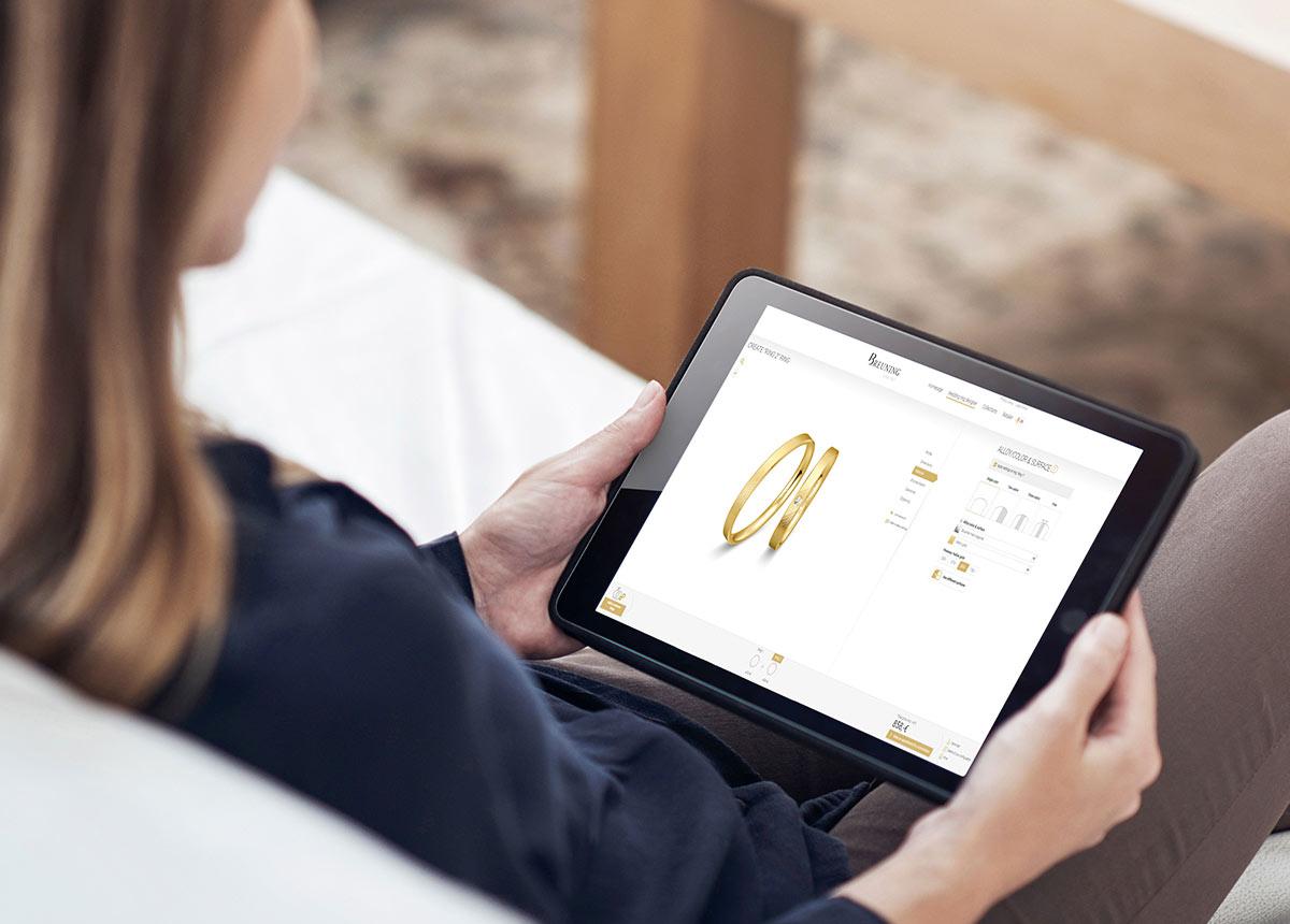 Der 3D-Konfigurator ist das perfekte Tool für Brautpaare, die sich bequem vom Sofa aus die Ringe fürs Leben zusammenstellen möchten.