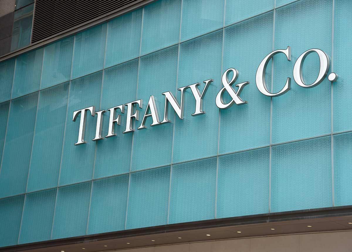 Edel-Juwelier Tiffany ist die jüngste Neuerrungenschaft von LVMH. (Credit: Worapas / Shutterstock.com)