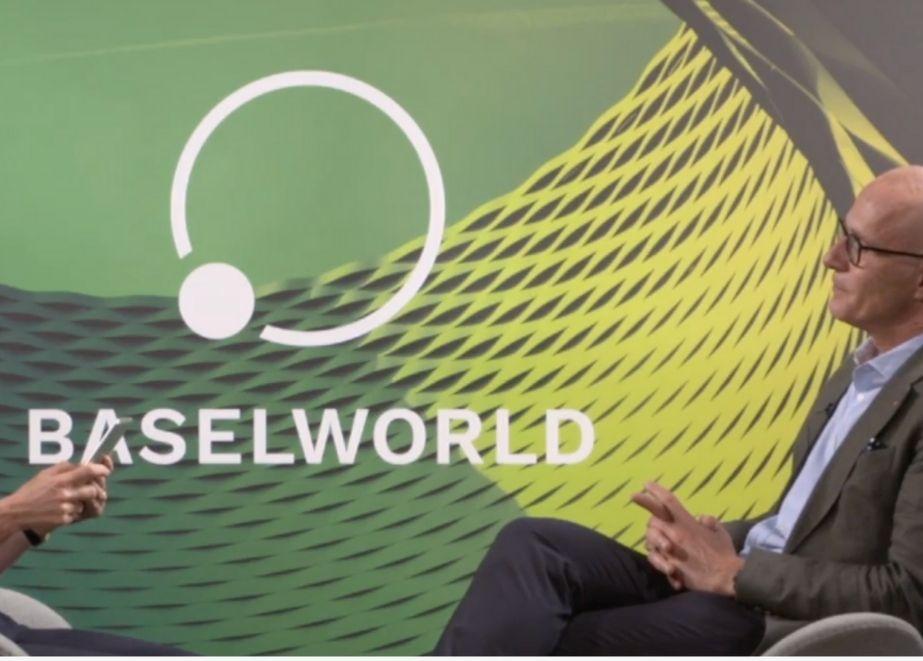 """Um internationalen Besuchern nur eine Reise in der Schweiz zu ermöglichen, wird die """"neue"""" Baselworld zeitgleich mit der kommenden Watches & Wonders von 31. März bis 4. April 2022 stattfinden."""